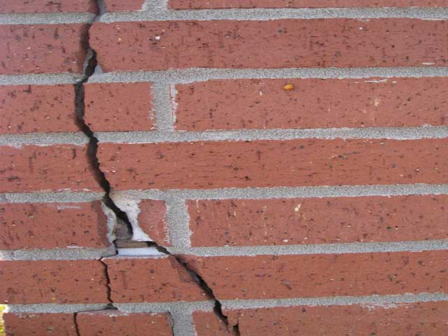 Bricks Crack